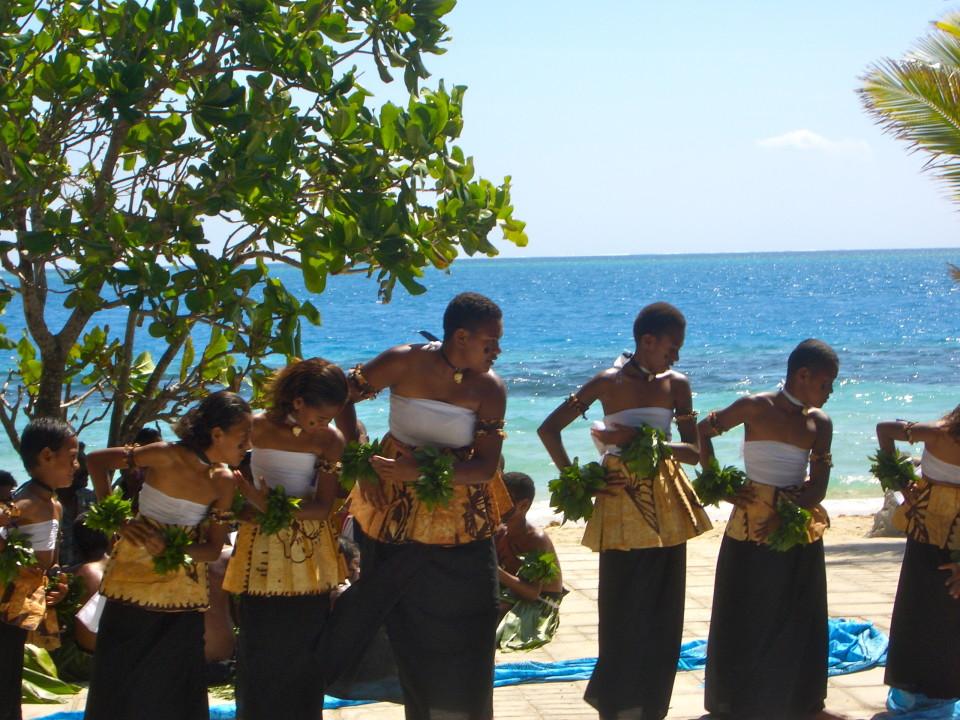 Beautiful Fijian dancers on Castaway Island