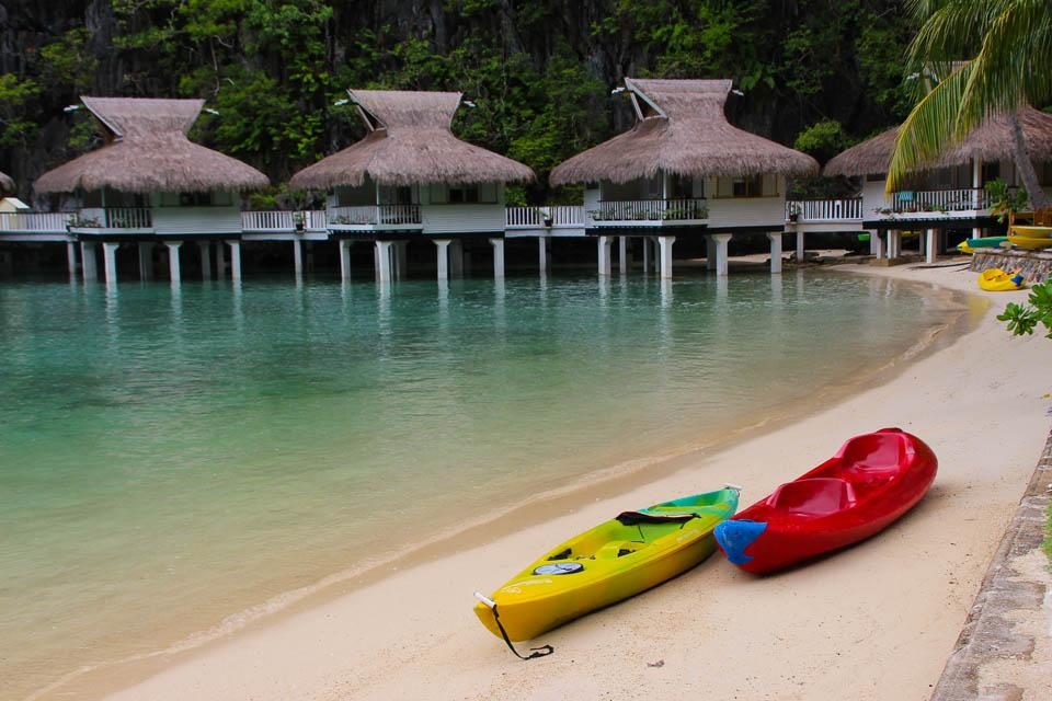 Palawan, Philippines, El Nido Resorts, Palawan El Nido, Palawan El Nido, Palawan Resorts, Philippines Tourism, Lagen Island, Bungalows, suites over water, kayaks