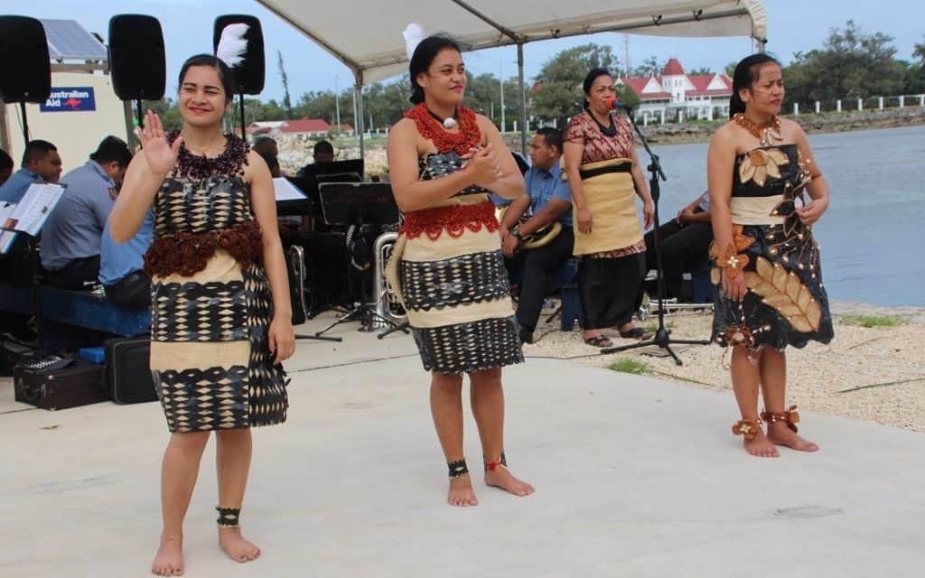 Tonga In habitants, Near Vava 'u, Tonga Tourism,
