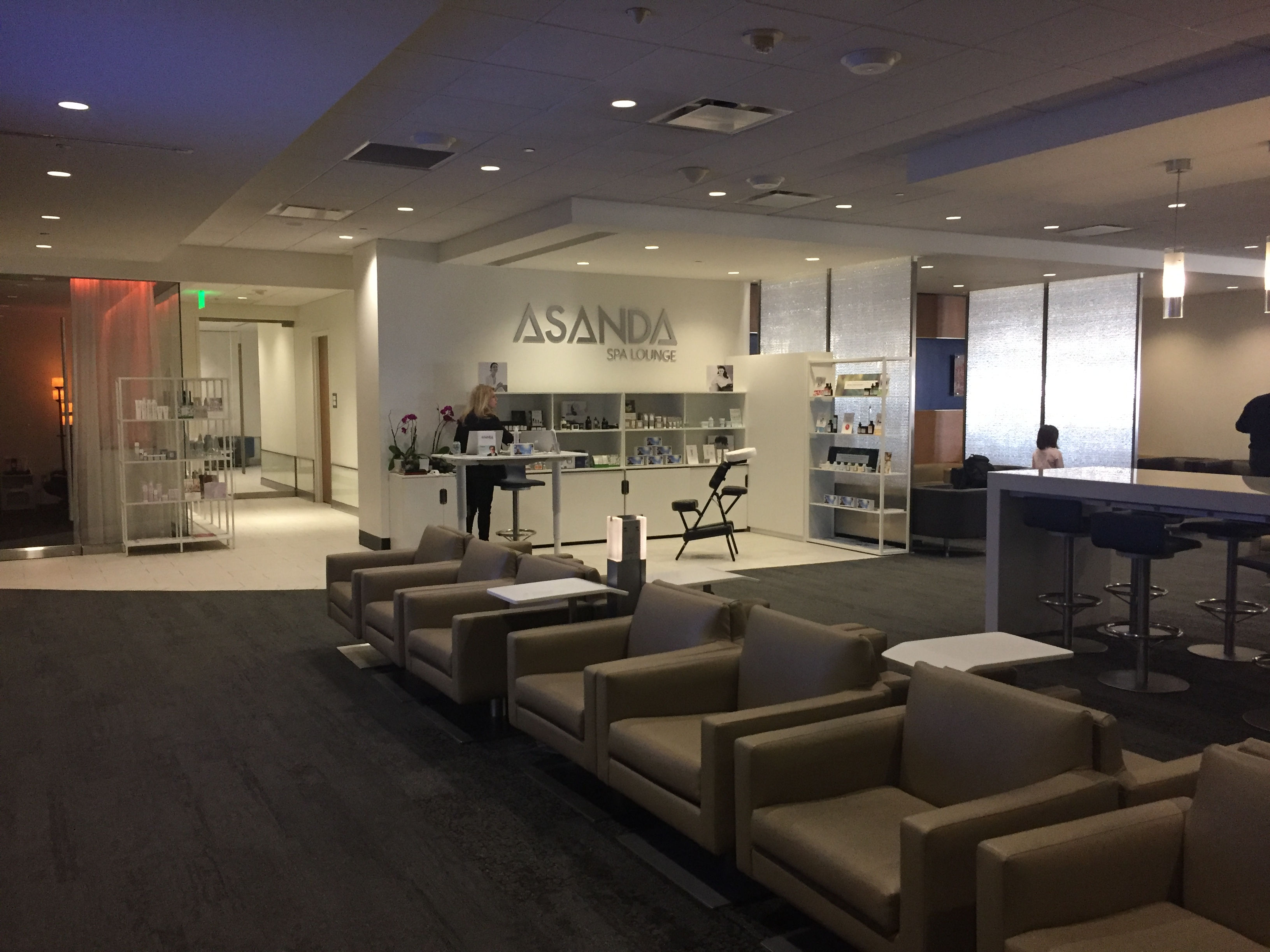 Which Is The Best Delta Sky Club In Atlanta Atl I