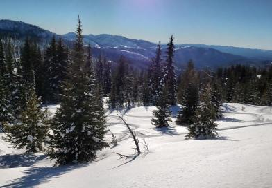 Ski Anthony Lakes: Eastern Oregon's Best Kept Backcountry Skiing Secret