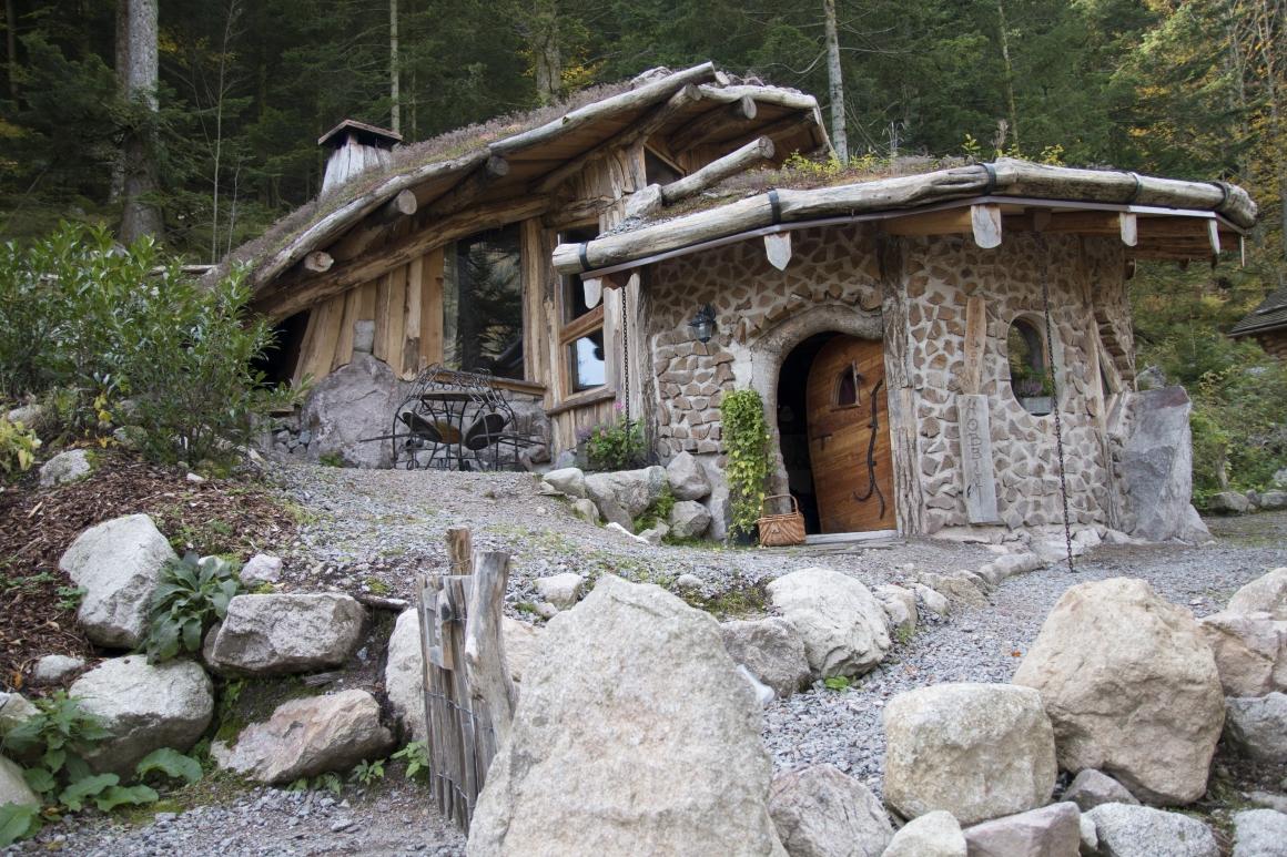J'ai dormi dans une maison de Hobbit à 89 kilomètres de Strasbourg
