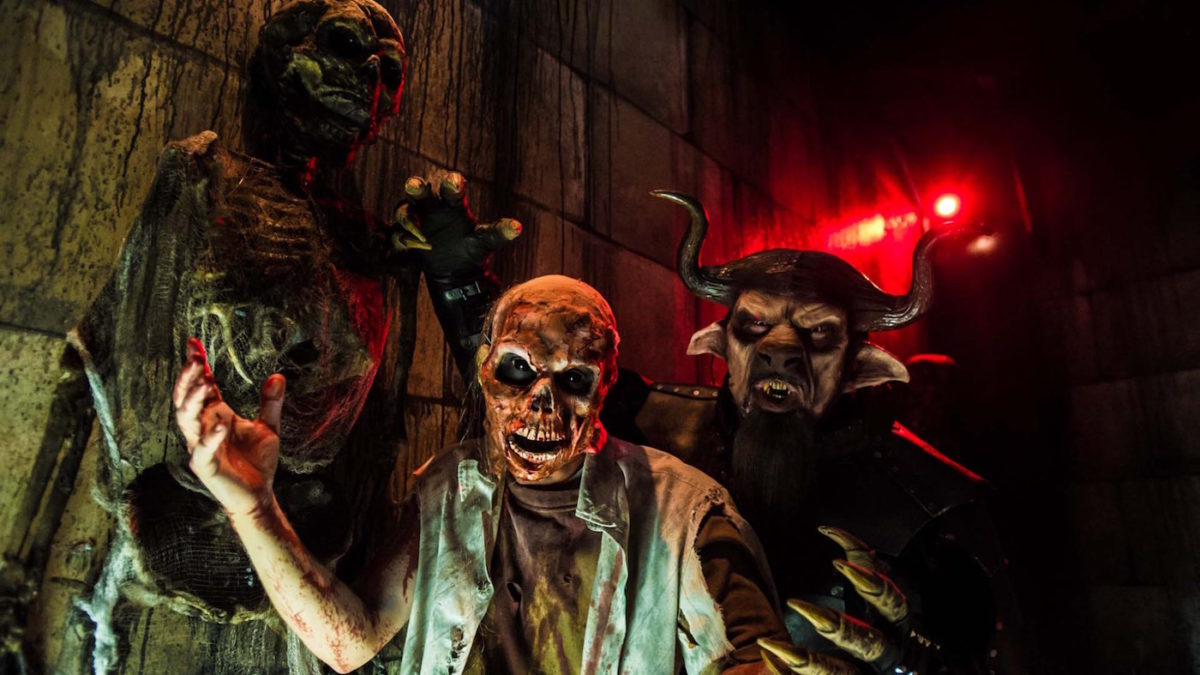 EP13_Halloween_Horror_Nights_TH-8