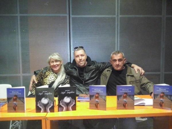 Sa konferencije za štampu u Rijeci povodom promocije moje knjige i Mirjane Mirush Tachlinski 28.03.2014. godine.