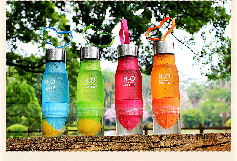 Фото Бутылочка для воды. New Xmas Gift 650ml Water Bottle plastic Fruit infusion bottle Infuser Drink Outdoor Sports Juice lemon Portable Kettle