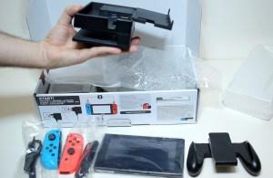 Unboxing-Nintendo-Switch-Pokemon-Millennium-08