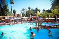 Sismix pool party