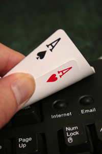 Live Poker - Indiciile poker-ului online