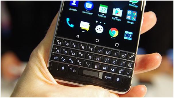 Blackberry KeyOne-Fingerprint sensor