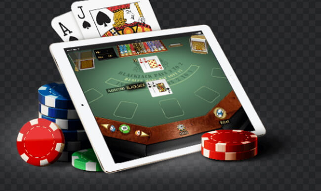 Can I play casino games for fun only on my mobile