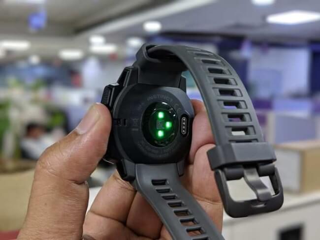 Few Kiwis have smartwatches