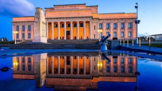 Visit the Auckland Museum