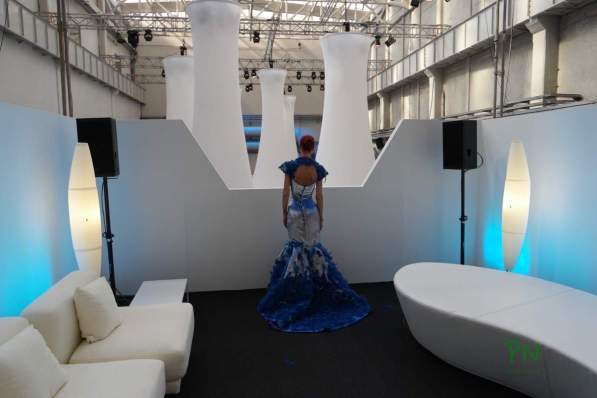 Butterfly Dress - Intel Event während der Mailänder Design Week