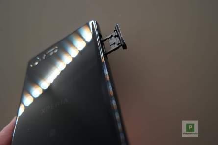 Der SIM- microSD-Karten Slot