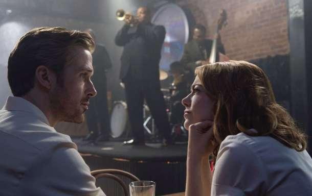 Sebastian (Ryan Gosling), Mia (Emma Stone)