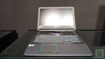 Acer Predator Triton Vorne