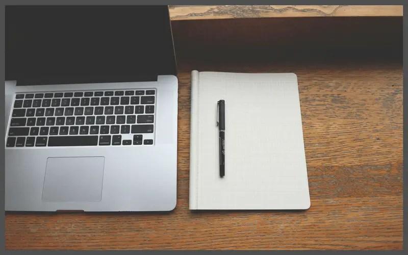Start a fitness blog: Laptop