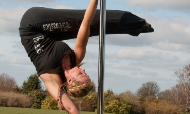 The Truth About Twisted Grip in Pole Dancing – Is it Bad for You?