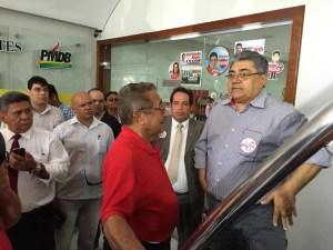 10704115 776179339104901 1989704711152283112 n 300x225 - MADRUGADA DO PMDB: Voto de Roberto Paulino deu a decisão pro Ricardo, Nabor será o candidato a presidência da Assembleia
