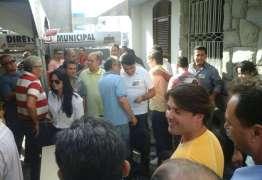 Após denúncia anônima, Justiça Eleitoral tenta barrar coletiva de Manoel Júnior