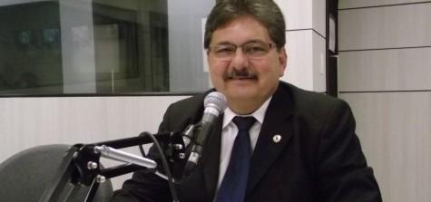 Adriano Galdino e1415993813343 - Ricardo oficializa pré-candidatura de Adriano Galdino durante plenária em CG