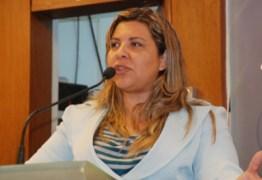 Eliza questiona competência do MP sobre projeto que prevê acúmulo de mandatos municipal e estadual