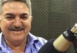 João Gonçalves diz que nunca saiu da bancada do governo e reafirma apoio a Adriano Galdino