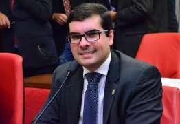 Lucas diz que Democratas 'não consultou nem comunicou' sobre Raoni presidir a legenda em João Pessoa