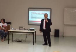 Prefeito de Alhandra participa de encontro de gestores da Zona da Mata Paraibana