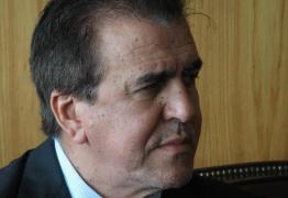 Buba Germano é escolhido para substituir Ricardo Barbosa na liderança do 'blocão'