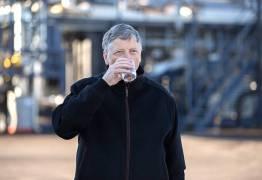 Bill Gates apresenta máquina que transforma lixo em água potável
