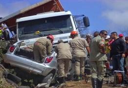 TRAGÉDIA DE CUITÉ: Grávida e mais duas pessoas morrem após carro ser arrastado por caminhão desgovernado