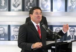 Vitalzinho emite nota de repúdio à delação de Delcídio do Amaral