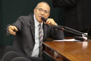 deputado eliseu padilha pmdb magisterio salarios 300x200 - Dilma convida Eliseu Padilha para articulação política