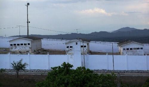 image26 - IMAGENS FORTES: Presidiários gravaram assassinato no pavilhão nove do Serrotão