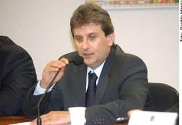 QUEM SERÁ ? Youssef diz sofrer intimidação de 'pau mandado de Cunha' em CPI da Petrobras