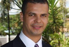 Após muita 'reflexão', Jutay Meneses adere a Ricardo na ALPB