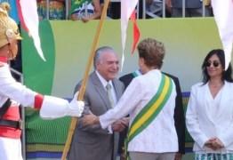 Após tensão com vice, Dilma encontra Temer no desfile de 7 de Setembro