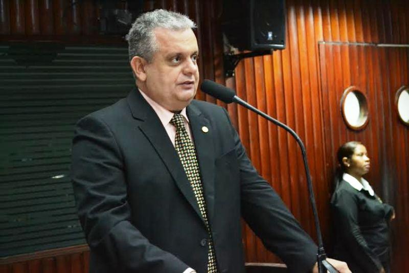 JOÃO BOSCO CARNEIRO JÚNIOR - Deputado Bosco Carneiro solicita perfuração de poço artesiano para comunidade no município de Alagoinha