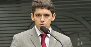 Tovar tribuna 300x157 - Tovar não foi à assembléia hoje porque estava com medo - afirma Hervázio Bezerra
