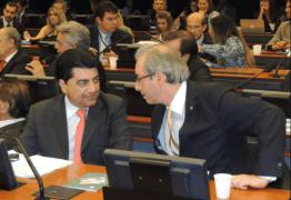 Manoel Júnior apresenta emenda que pode livrar Cunha da cassação