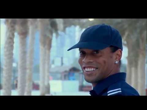 video numa fase bola murcha rona - Justiça proíbe Ronaldinho Gaúcho de deixar o Brasil