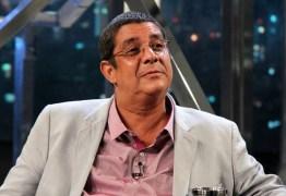 Zeca Pagodinho perde a paciência no Altas Horas e causa polêmica