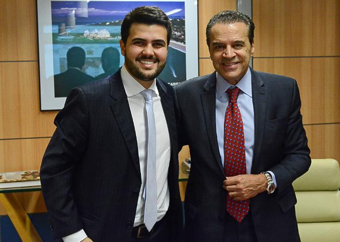1456489530648 wilson filho - Ministro visita PB para inspecionar barreira do Cabo Branco e reunir prefeitos do trade turístico