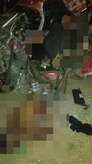 1a6c2f9d 658f 49a4 867f 20611cefcb5c 299x532 - TRAGÉDIA NO CARNAVAL: Cinco pessoas morrem em grave acidente no Sertão da Paraíba; seis ficaram feridas