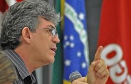RICARDO COUTINHO 300x193 - Ricardo desafia oposição: 'Foram pegos com a mão na massa e querem assustar quem não deve'