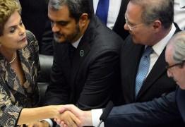 Eduardo Cunha afastar Dilma é um escândalo, diz BBC de Londres