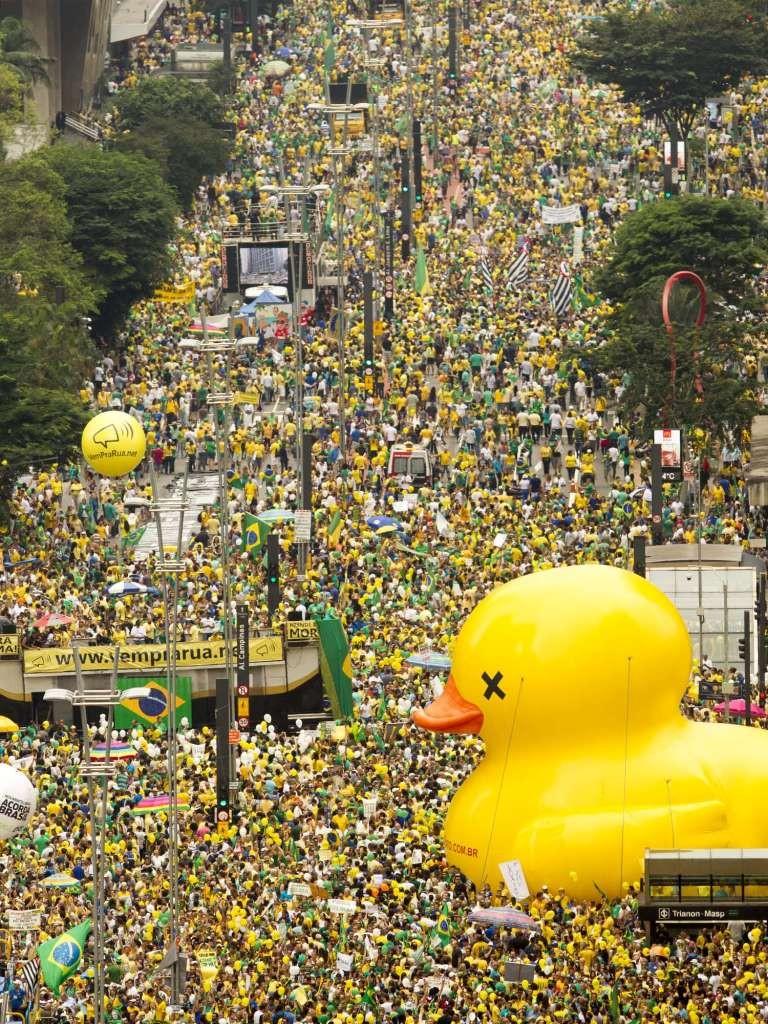 """Manifestações SP 2 768x1024 - Protesto deste domingo em SP é maior que as """"Diretas Já"""" - aponta Datafolha"""
