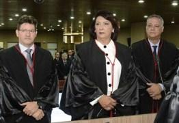 José Aurélio da Cruz e Maria das Graças tomam posse no TRE
