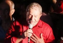 'A gente tem que restabelecer a paz', diz Lula em ato na Avenida Paulista